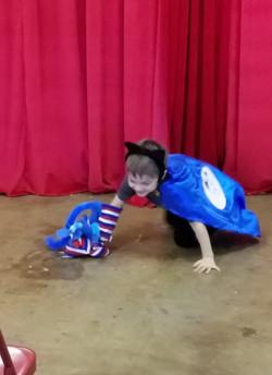 CooCoo Kitten and Kitty on stage2