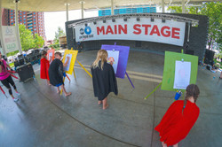 Main_Stage artists at easels