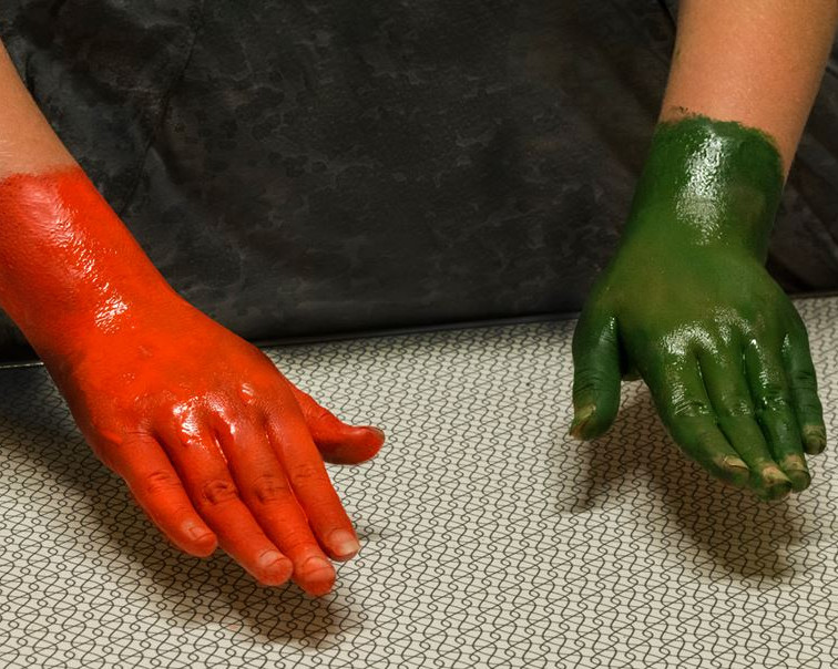 Red Hand Green Hand 2014