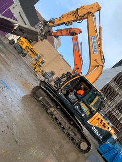 Melway Demolition Excavators