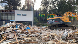 Multi unit demolition in Ringwood