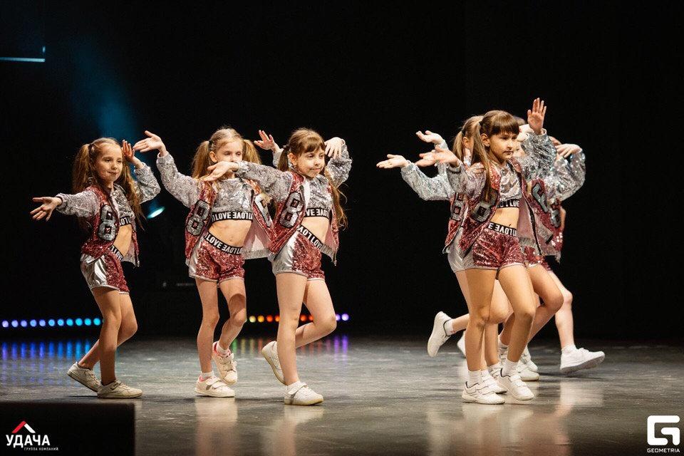 Эстрадный танец 5+