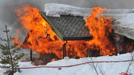 Sjekkliste for god brannsikkerhet på hytta!