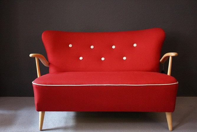 50er couch   zweisitzer in rot