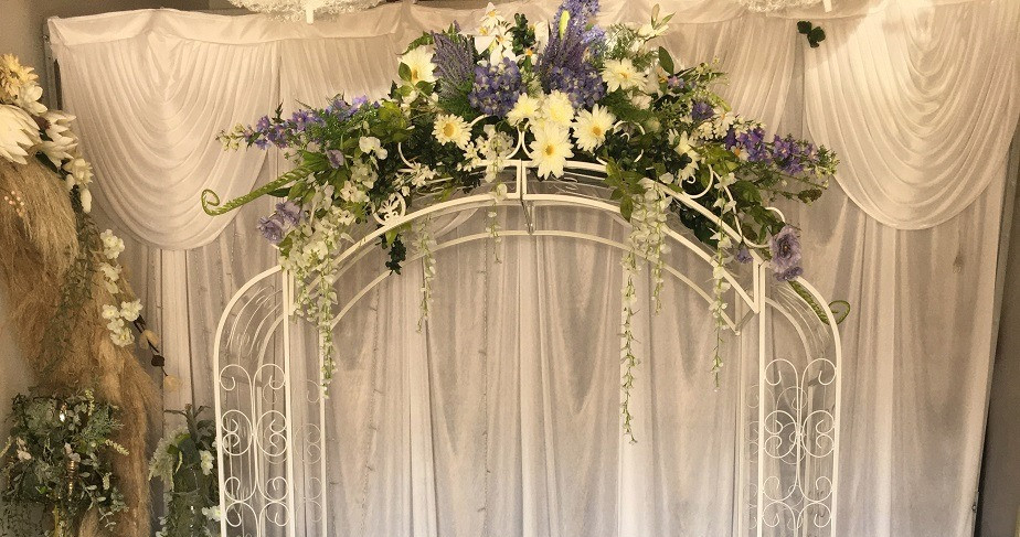 summer arch with purple