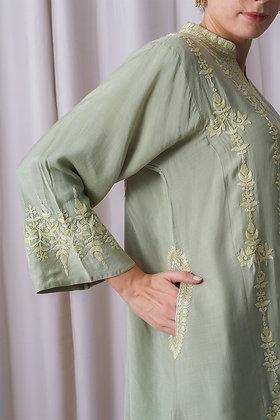 Green Mulmul Phiran with Green Aari Embroidery
