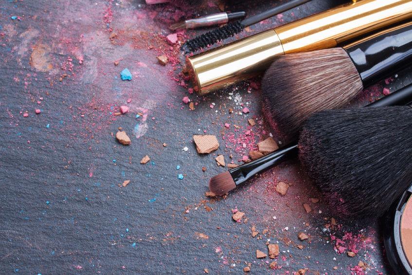 Bad makeup Kits make bad first impressions on set