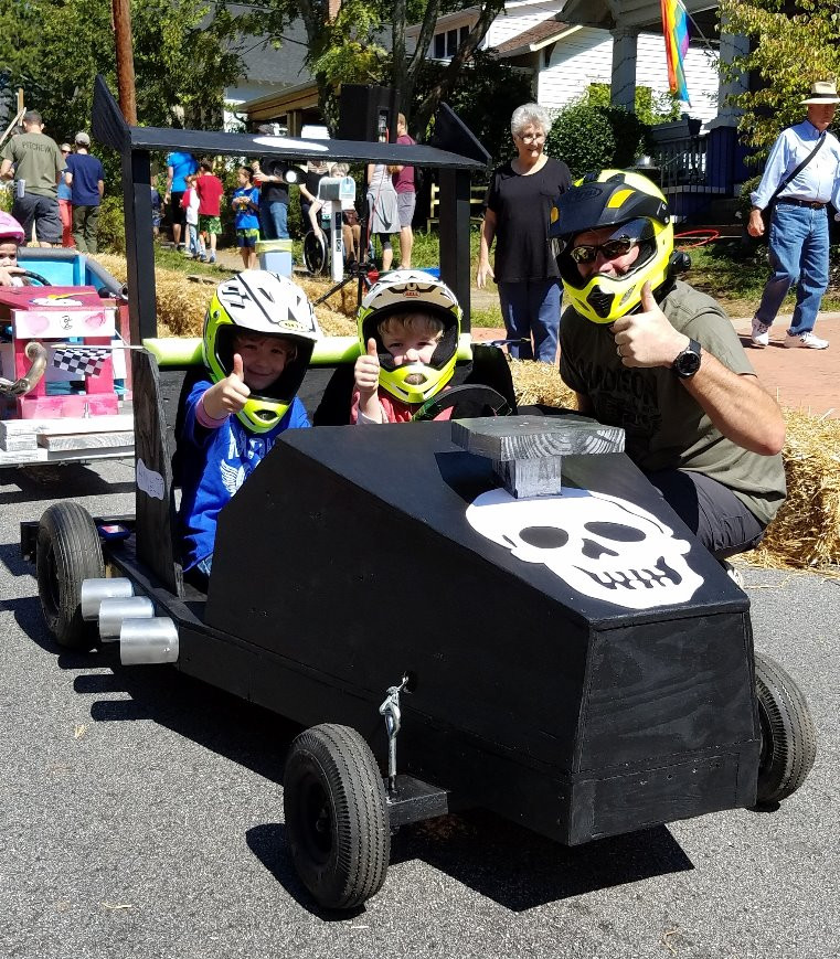 2 person soapbox derby car