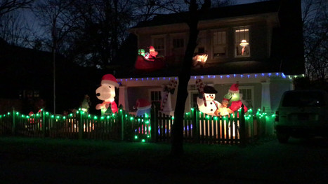 Holiday decorations on our house: 2017