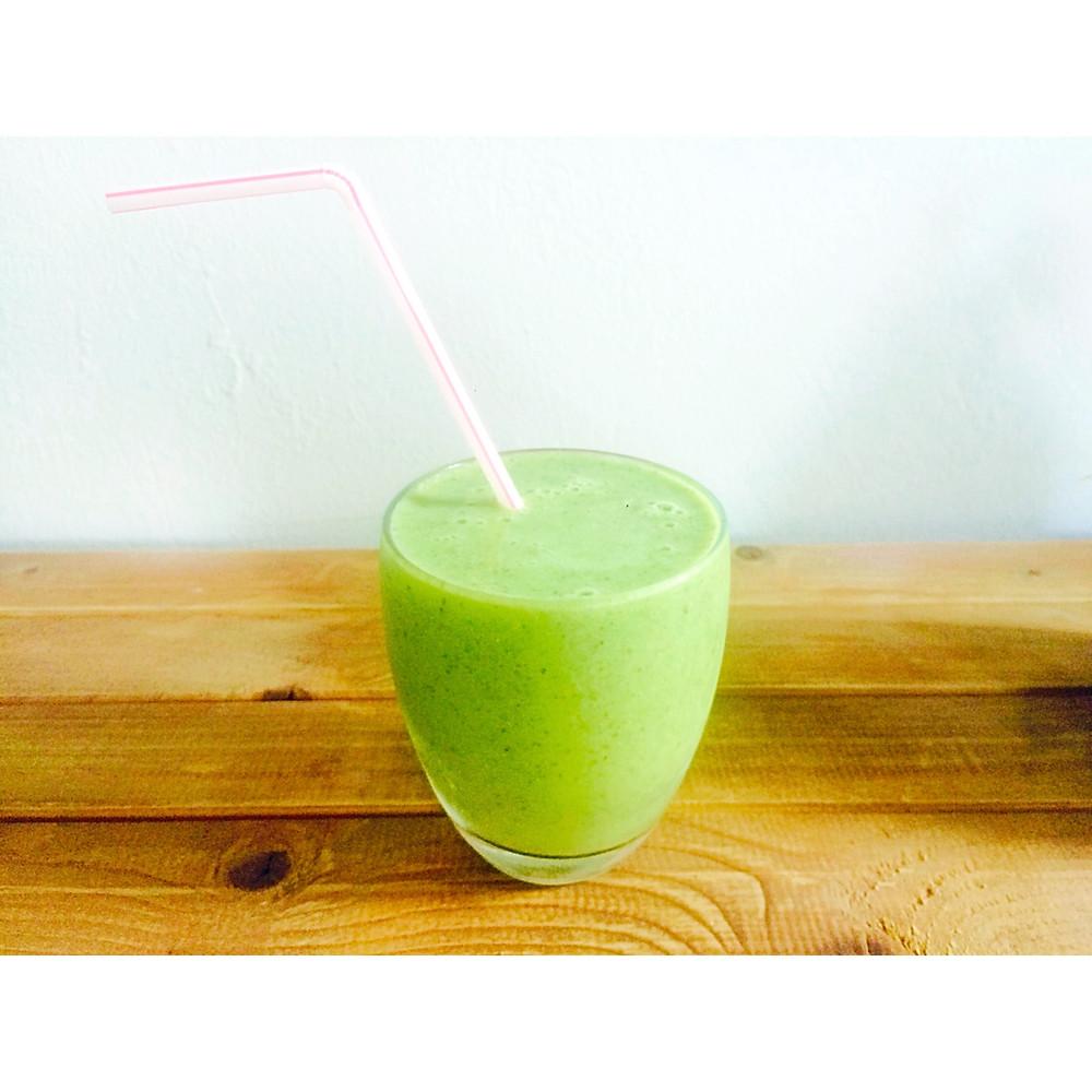 green smoothie שייק ירוק