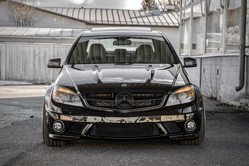 Mercedes-Benz C63 AMG -11