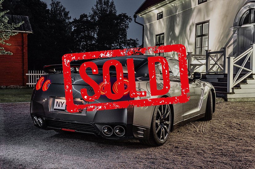 SOLD! Nissan GT-R -15