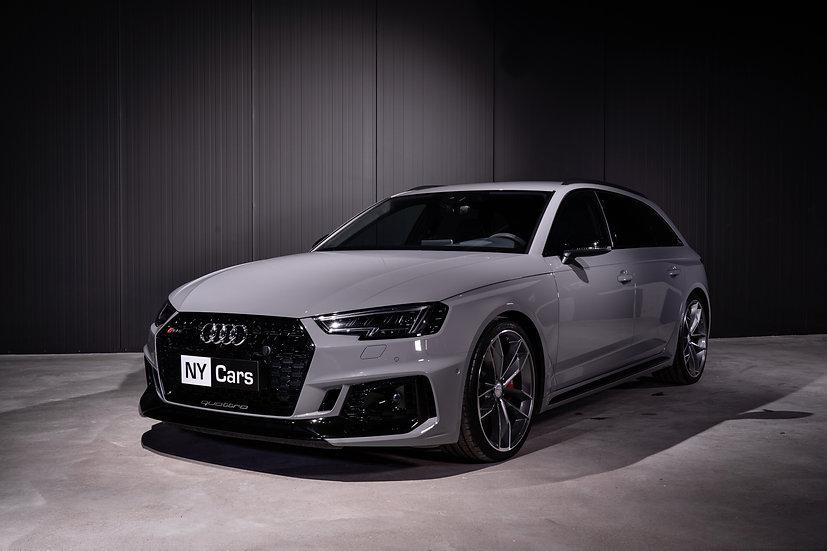 Audi RS4 -18