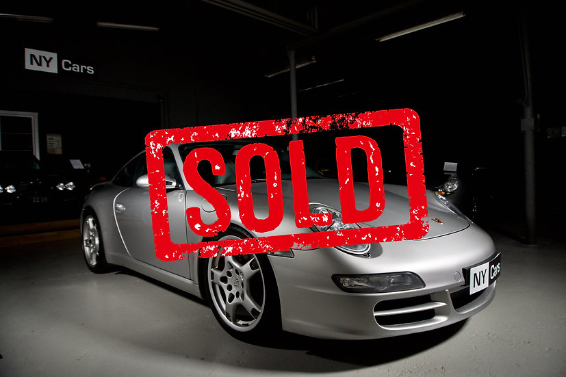 SOLD! Porsche 911 Carrera (997) -06