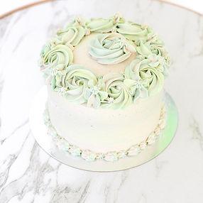 cake%20(1%20of%201)_edited.jpg