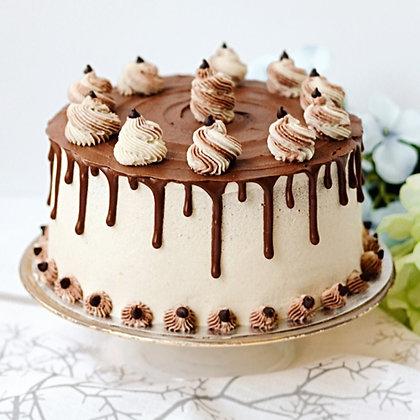 Vanilla Chocolate Drip Cake