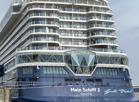 Blaue Reise mit der Mein Schiff 2