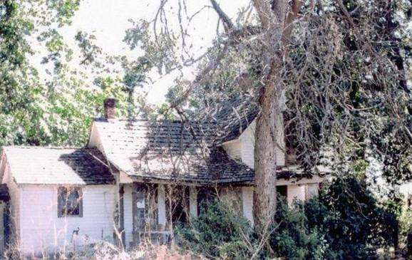 Before Restoration [c. 2006].jpg