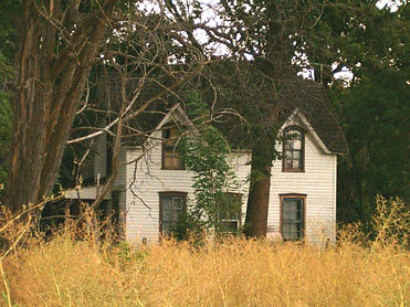 Schick-Ostolasa Farmhouse before renovat