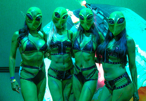 Alienstock Alien Girls