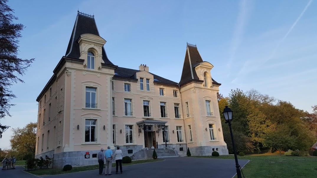 15 Chateau 2-2.jpg