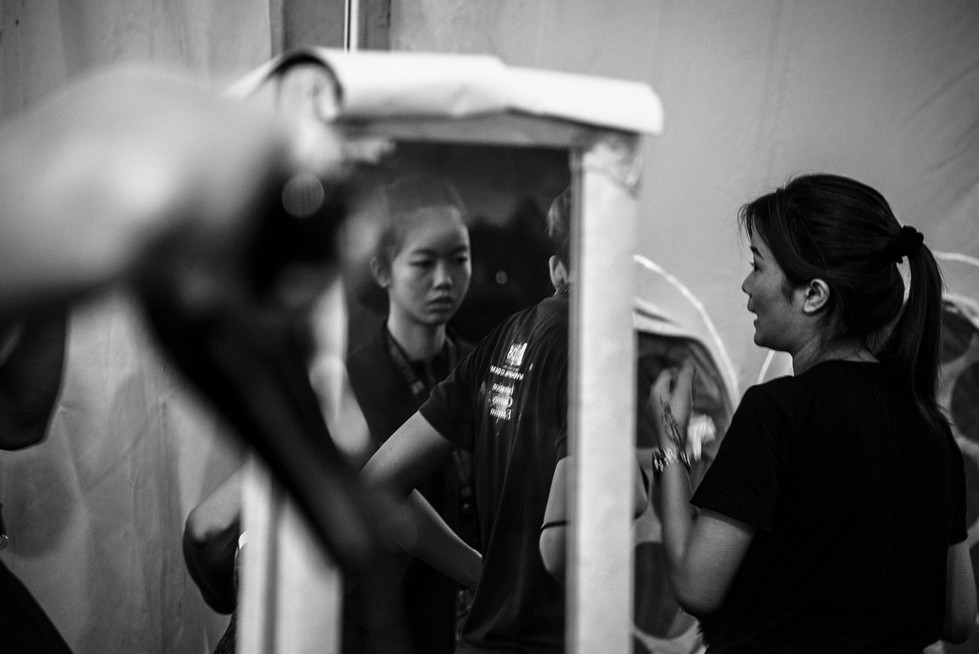 kristen-wicce-fotografo-moda-madrid-backstage-wfw-malaysia-14.jpg