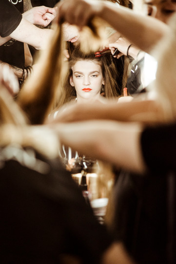 LOREAL-mbfwm-ss19-kristen-wicce-backstag