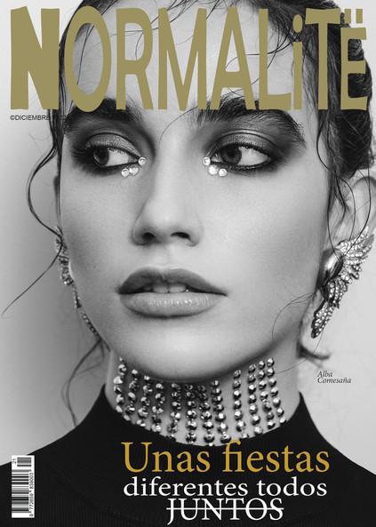 cover-normalite-magazine-kristen-wicce.j
