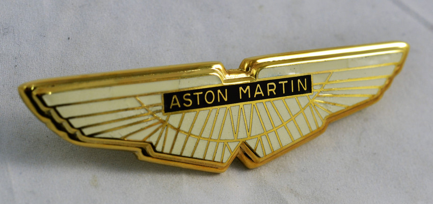 Gold plated enammeled badge
