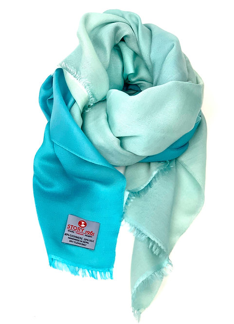 Waterpashmina Scarf Turquoise meets Light Turquoise