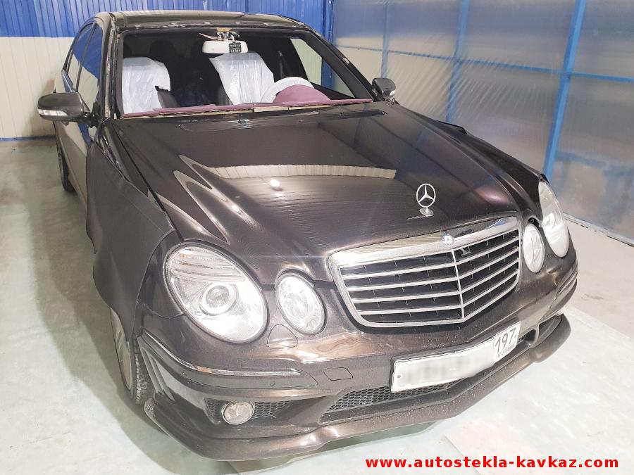 Замена лобового стекла Mercedes W211
