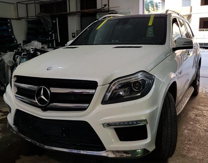 Замена лобового стекла Mercedes GL
