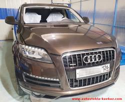 Замена лобового стекла Audi Q7