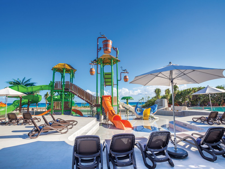 RIV-Sandos-Playacar-Aquapark-Oceanfront-