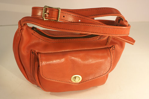 "Handbag ""Socius"", Size Medium, in Red Garment"