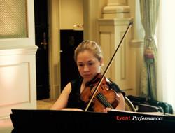 Ana Laura - Violinist