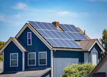 Battery Backup Vs. Generator for Solar Array