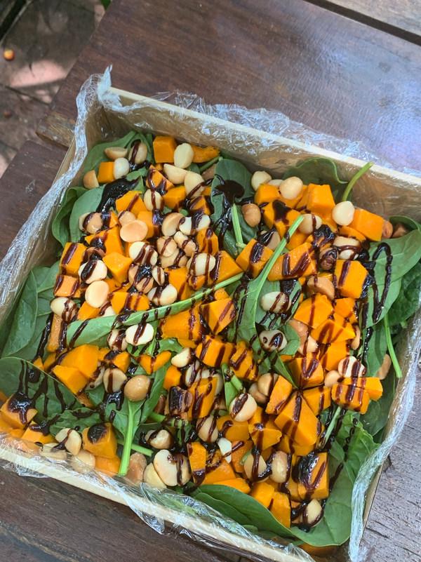 Roast Pumpkin, Spinach & Macadamia Nut S