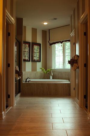 bathroom-interior-2534572.jpg