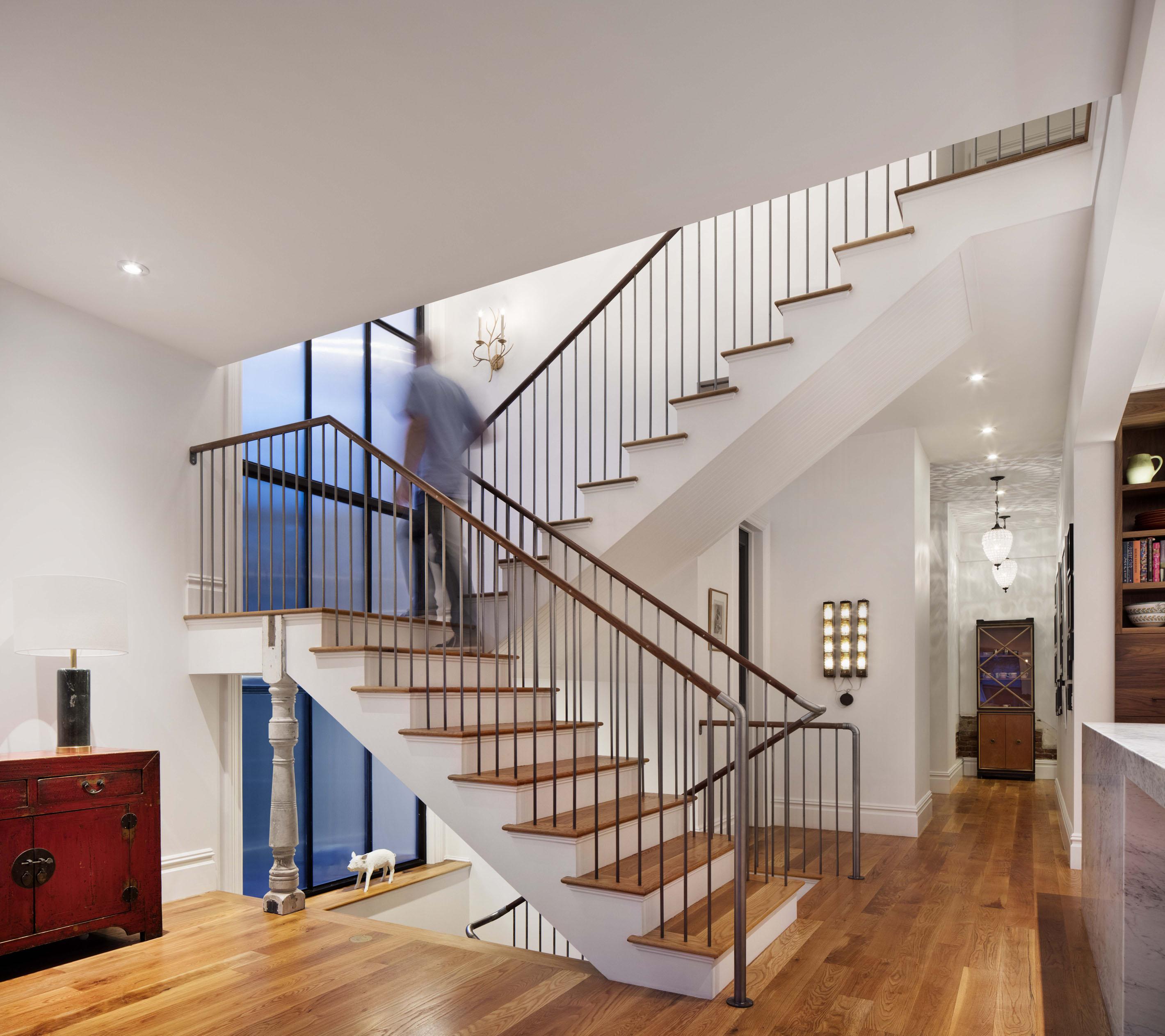 007_Stairs.jpg