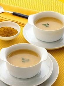 Sopa de maíz cremosa