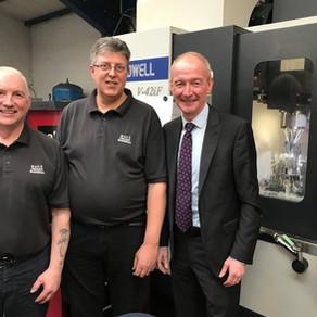 Local MP Pat McFadden congratulates Mako Precision on our expansion