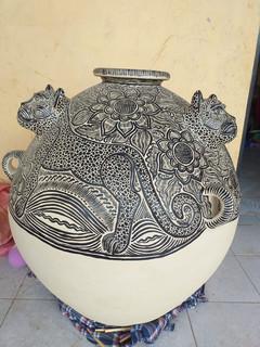 Large olla pot $10,000 pesos plus shipping (mas envio)