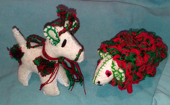 Wonderful handmade wool Sheep or Reindeer $200 pesos each plus shipping