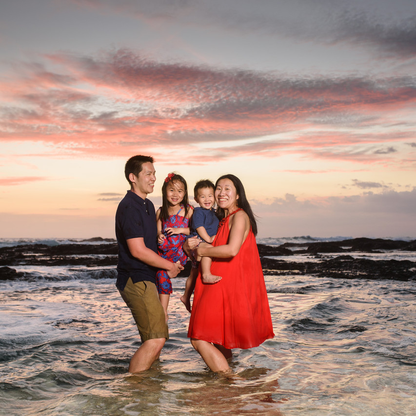 Family beach portraits at Playa Langosta