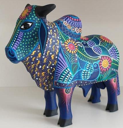 Brahma Bull — $1,800 pesos plus shipping (mas envio) Medium: 20 cm long x15 cm high $1000 plus shipping (mas envio) Small: 15 cm long x10 cm high $400 pesos plus shipping (mas envio)