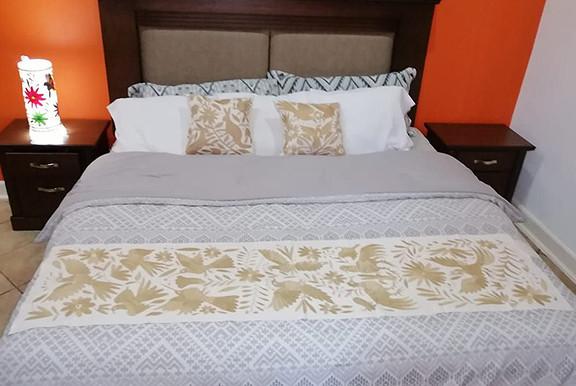 Otomi Hand-embroidered Table or Bed Runner Yellow $1500 más gastos de envío (mas envio)