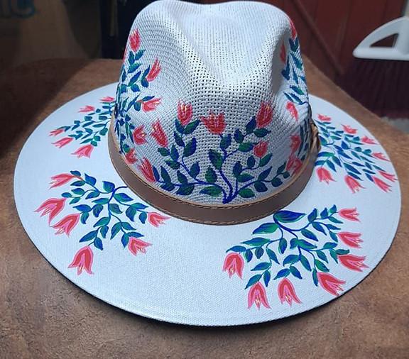 Hand-painted Hat $280 pesos plus shipping (mas envio)