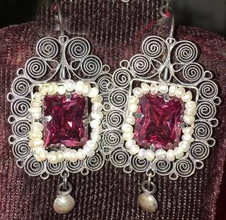 """""""Coquettes"""" Silver Filgree Earrings with Alexandrine $1,600 pesos plus shipping (mas envio)"""