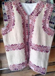 Hand-woven wool vest $1500 pesos plus shipping (mas envio)